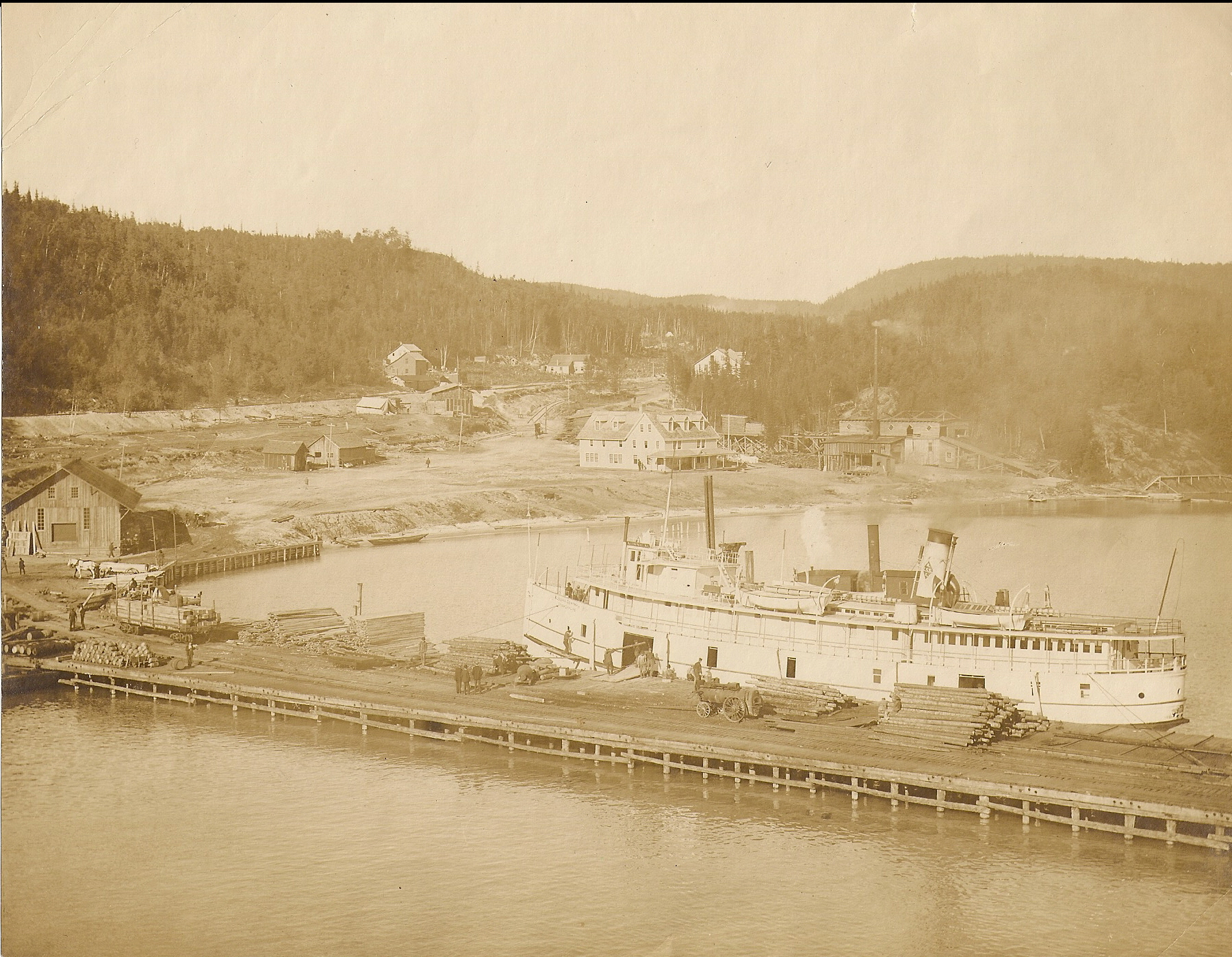 Minnie M in Michipicoten Harbour 1908